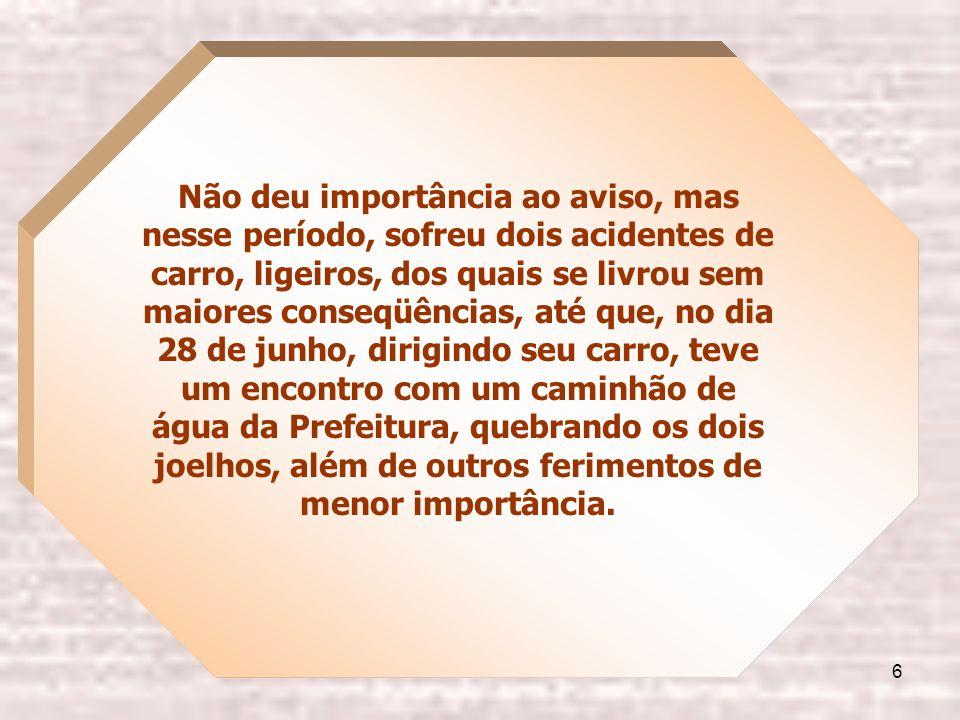 5 Em abril de 1938, passando pela praça João Mendes, foi abordado por um negro pedreiro, que lhe conhecia e se apresentou dizendo ser freqüentador de