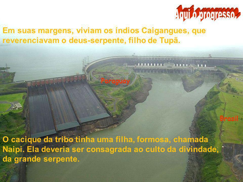 Paraguay Brasil A famosa Garganta do Diabo, onde o volume de água é maior, as quedas formam nuvens de água, pulverizadas ao vento, como se fosse chuva