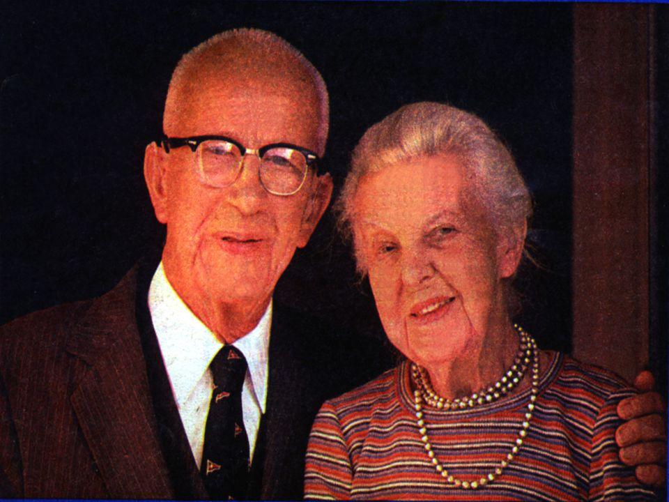 Em 1929 criou o primeiro modelo da Dymaxion House.