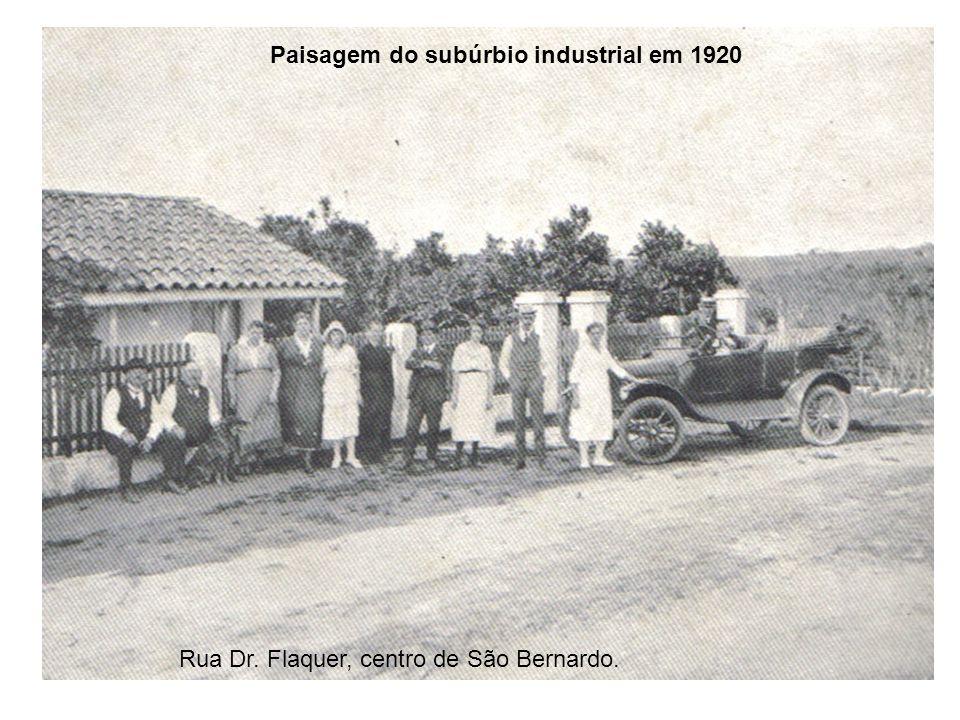 Rua Dr. Flaquer, centro de São Bernardo. Paisagem do subúrbio industrial em 1920