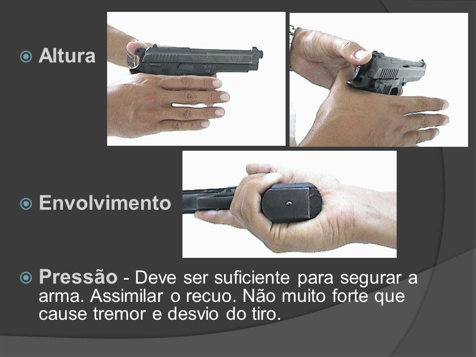 2º FUNDAMENTO EMPUNHADURA Altura Envolvimento Pressão Tipos: Empunhadura simples e dupla.