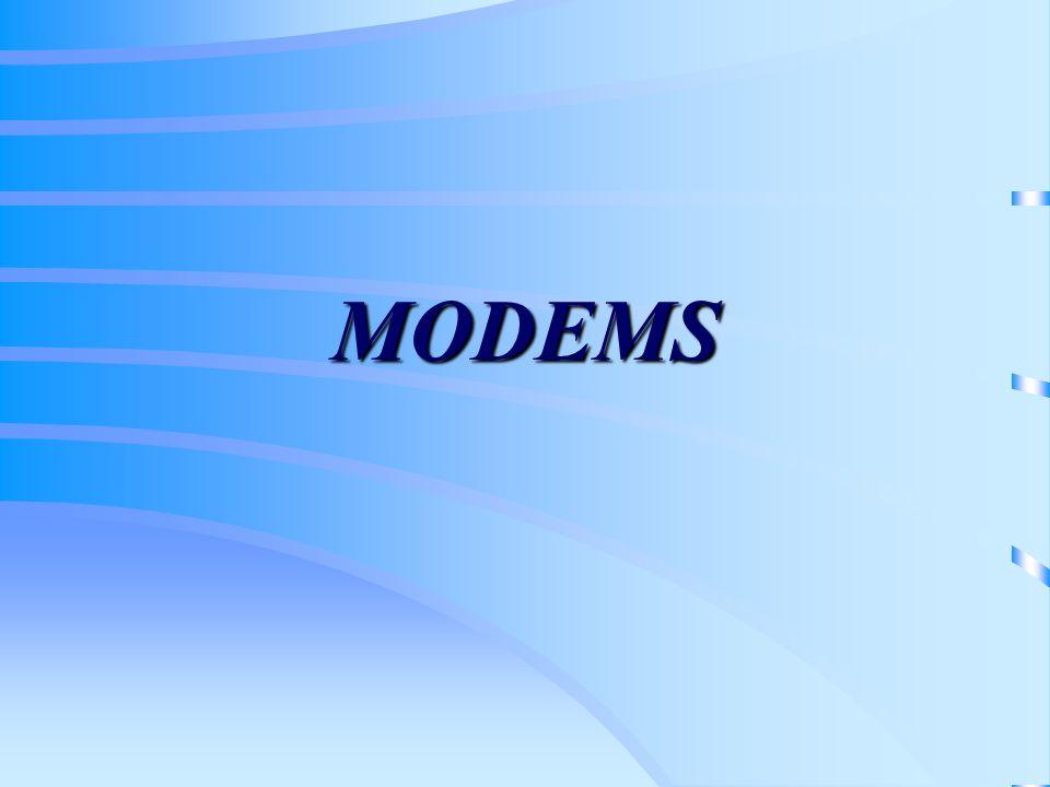 Conceitos Um sistema telefônico, um sistema de comunicação por cabos ou sistemas de rádio não podem transportar informações digitais sem nenhuma distorção, devido à largura de banda limitada; A largura de banda (diferença entre a freqüência máxima e mínima permitidas) é tipicamente entre 300 Hz e 3.400 Hz para cabos telefônicos; Modem Um dispositivo de conversão, chamado de Modem (MOdulador/DEModulador) é necessário para converter os sinais digitais em uma forma analógica adequada para transmissão em uma rede telefônica ou rádio;
