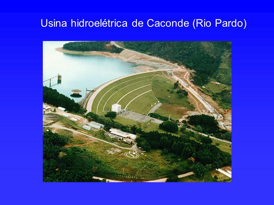 Usina hidroelétrica de Caconde (Rio Pardo)