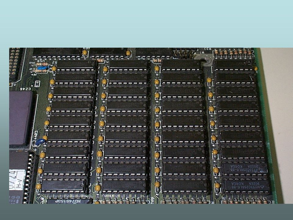 SIPP (Single In Line Pin Package) - esse tipo encapsulamento é uma espécie de evolução do DIP.
