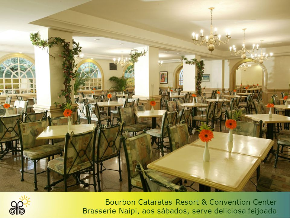 Bourbon Cataratas Resort & Convention Center Osteria Italiana, serve deliciosas massas e pizzas preparadas em forno de pedra