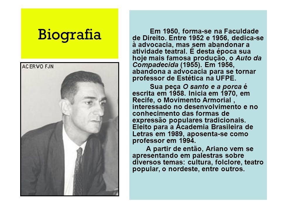 Biografia Em 1950, forma-se na Faculdade de Direito. Entre 1952 e 1956, dedica-se à advocacia, mas sem abandonar a atividade teatral. É desta época su