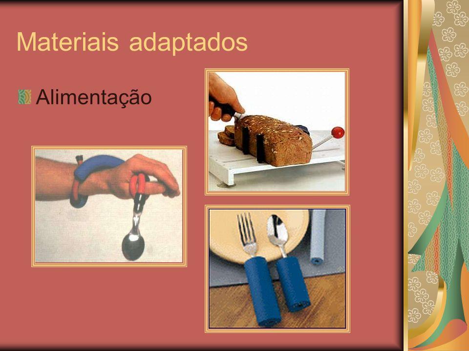 Materiais adaptados Alimentação
