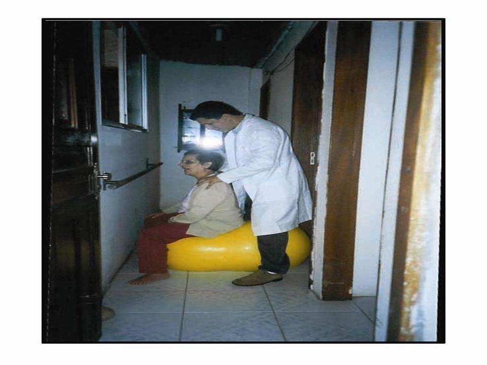 Paciente 2º momento (idosos semi-dependentes e cadeirantes) 2º momento (idosos semi-dependentes e cadeirantes) - posicionamento e orientação quanto às