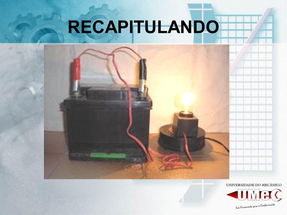 VIDA DA BATERIA COM A SULFATAÇÃO A VIDA ÚTIL DA BATERIA USADA CAI PARA CERCA DE 30% DE SUA CAPACIDADE DE RECUPERAR SUA CORRENTE ELÉTRICA, OU SEJA, MESMO APÓS O SEU COMPLETO E PLENO RECARREGAMENTO NÃO TERÁ CORRENTE SUFICIENTE PARA UMA PARTIDA CONFIÁVEL.