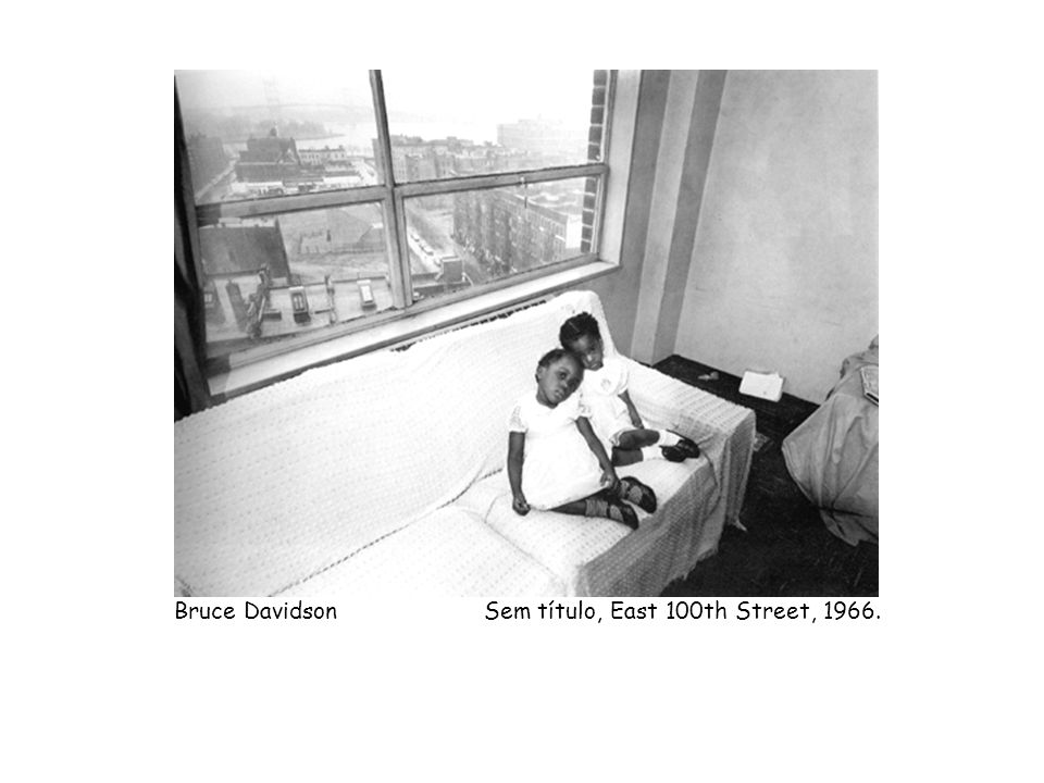 Bruce Davidson Sem título, East 100th Street, 1966.