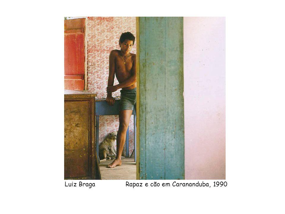 Luiz Braga Rapaz e cão em Carananduba, 1990