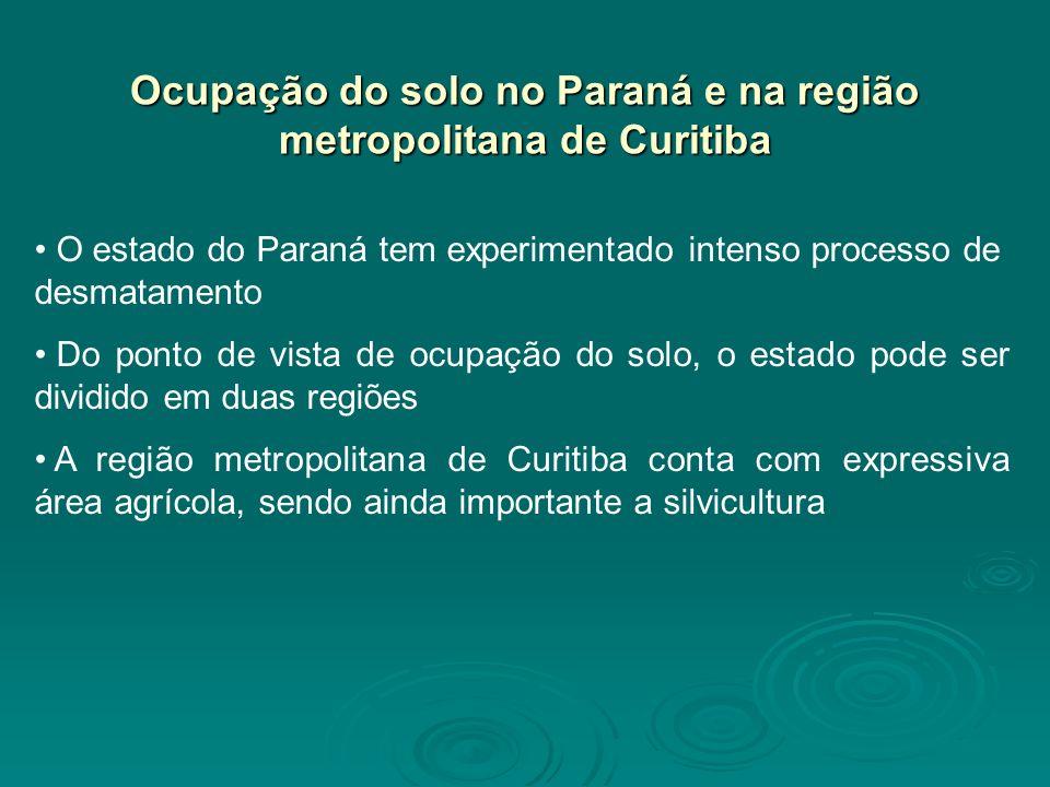 O estado do Paraná tem experimentado intenso processo de desmatamento Do ponto de vista de ocupação do solo, o estado pode ser dividido em duas regiõe