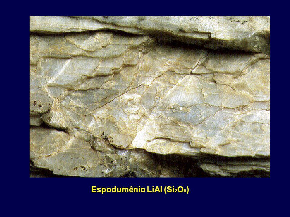 Espodumênio LiAl (Si 2 O 6 )