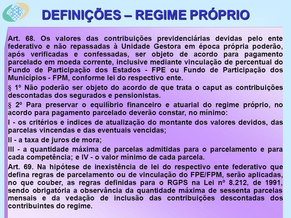 MP Nº 2.215-10/2000 – Altera Leis nº 3.765/60 e 6.880/80 – principais pontos: Definição das parcelas dos proventos dos militares – aplica-se à pensão militar; Contribuição para a pensão militar – 7,5 % da remuneração; Contribuição para assistência médica-hospitalar – até 3,5 % da remuneração; Limite máximo de remuneração e provento – remuneração bruta do Comandante da Força; Limite mínimo da pensão – salário mínimo – observada a pensão tronco; Contribuição adicional de 1,5 % da remuneração para os militares em atividade na data de publicação desta MP para manutenção da pensão para as filhas em qualquer condição; Alteração do rol de dependentes: 1º ordem de prioridade – cônjuge, companheiro ou companheira designada ou que comprove união estável como entidade familiar; pessoa separada judicialmente, desde que receba pensão alimentícia; filhos ou enteados até 21 anos, ou 24 anos se universitário, ou inválido; Menor sob guarda ou tutela até 21 anos, ou 24 anos se universitário, ou inválido; 2º ordem prioridade – mãe ou pai sob dependência econômica; 3º ordem prioridade – irmão órfão, 21 anos, ou 24 anos universitário, invalidez Pessoa designada, 21 anos, ou inválida, ou maior de 60 anos, dep.