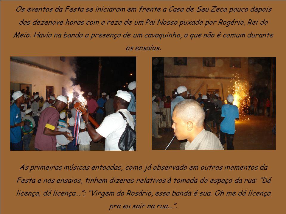 Os eventos da Festa se iniciaram em frente a Casa de Seu Zeca pouco depois das dezenove horas com a reza de um Pai Nosso puxado por Rogério, Rei do Me