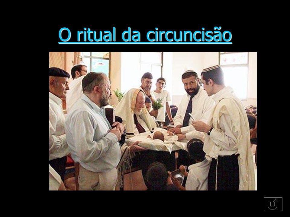 O ritual da circuncisão O ritual da circuncisão