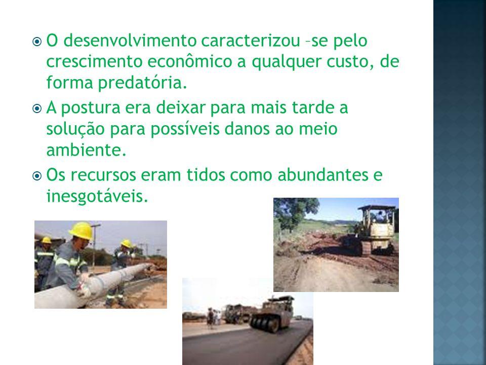 1981 – presidente João Figueiredo implantou a Lei 6938/81, que estabeleceu a Política Nacional de Meio Ambiente.
