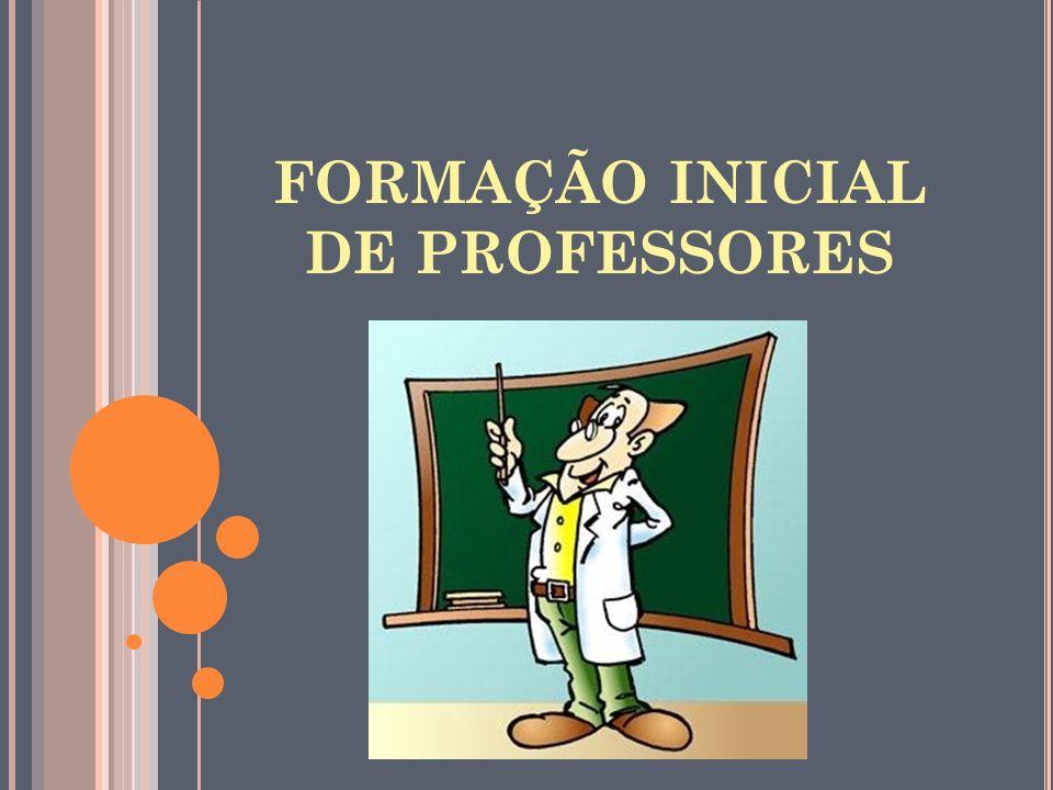 FORMAÇÃO INICIAL No Brasil, como se sabe, as licenciaturas foram criadas nas antigas faculdades de filosofia, nos anos 30, principalmente como consequência da preocupação com a regulamentação do preparo de docentes para a escola secundária.
