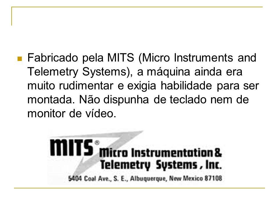 Fabricado pela MITS (Micro Instruments and Telemetry Systems), a máquina ainda era muito rudimentar e exigia habilidade para ser montada. Não dispunha
