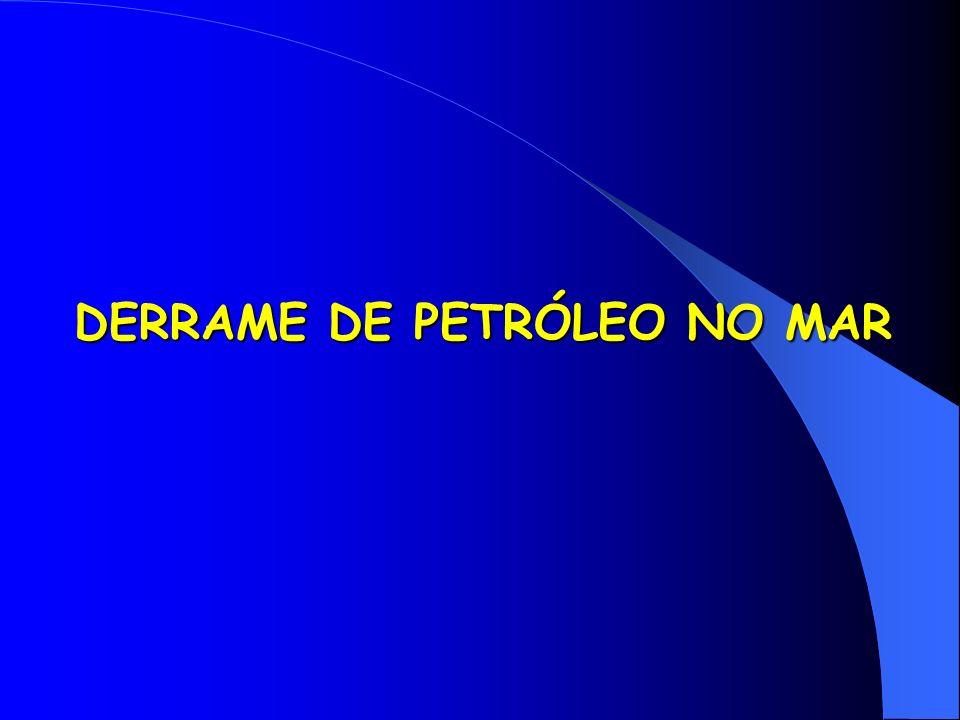 DERRAME DE PETRÓLEO NO MAR