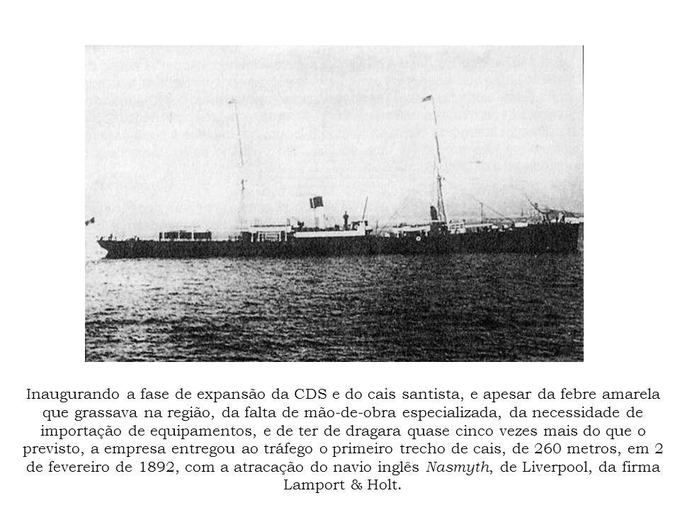 Cais do Valongo-Paquetá, cerca de 1910, defronte ao prédio da Alfândega