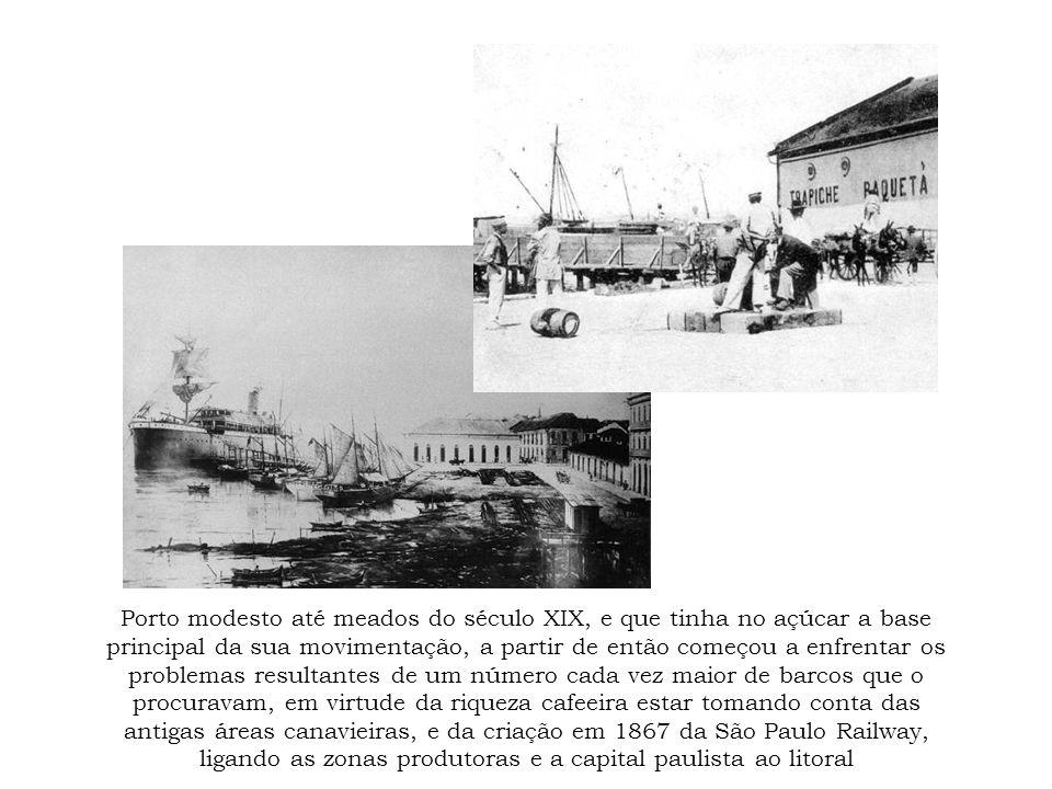 Porto modesto até meados do século XIX, e que tinha no açúcar a base principal da sua movimentação, a partir de então começou a enfrentar os problemas