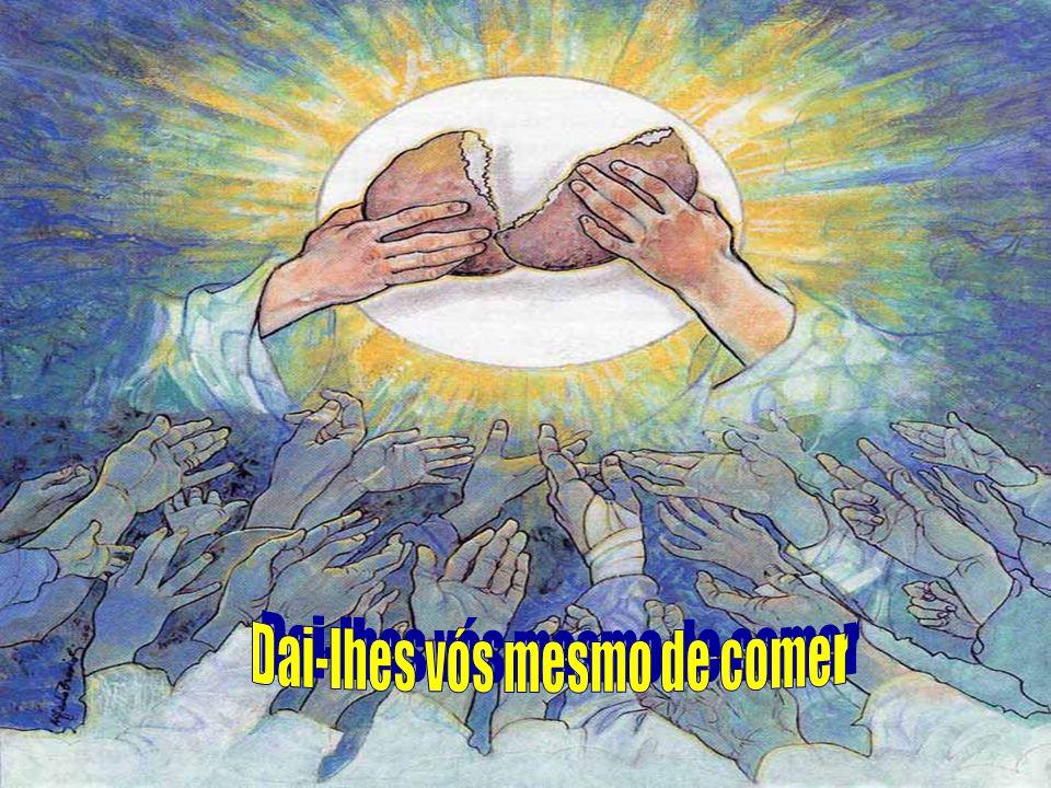 Em toda missa, Cristo continua a alimentar o povo de Deus, com o alimento de sua PALAVRA e com o alimento do PÃO DA VIDA, na caminhada de retorno à casa de Deus Pai...