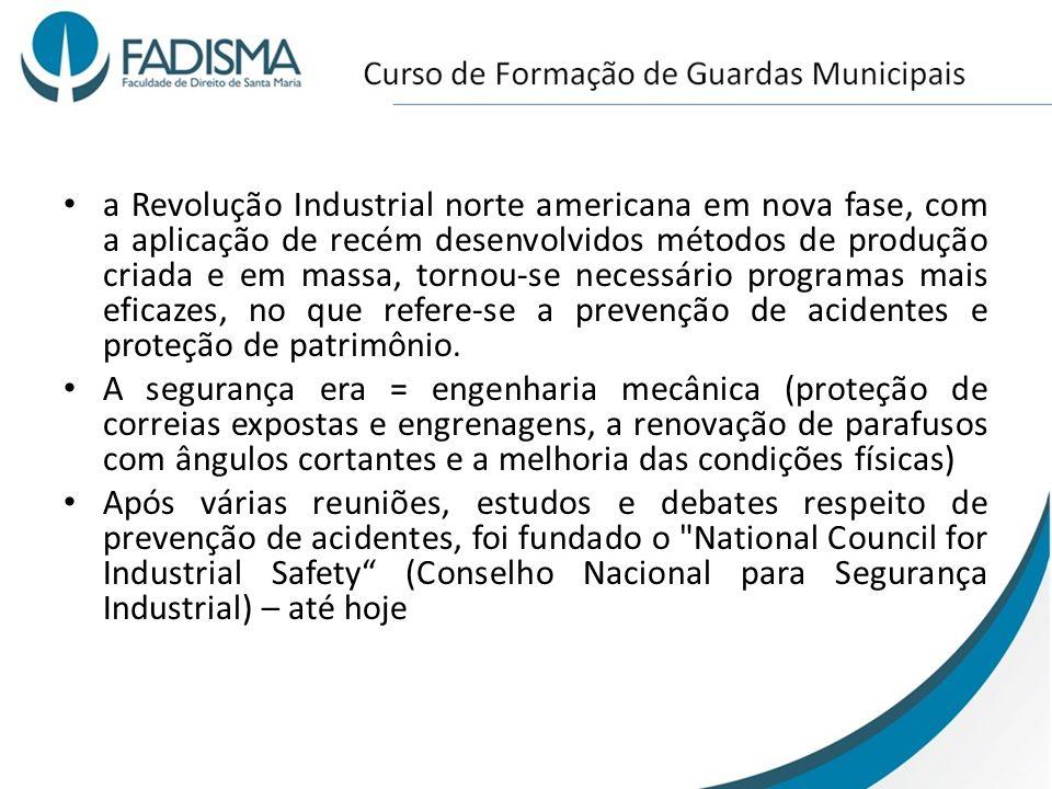 a Revolução Industrial norte americana em nova fase, com a aplicação de recém desenvolvidos métodos de produção criada e em massa, tornou-se necessári