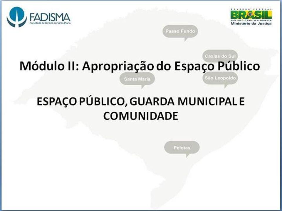 Crime Ambiental No Brasil, a pichação é considerada vandalismo e crime ambiental, nos termos do artigo 65 da Lei 9.605/98 (Lei dos Crimes Ambientais), que estipula pena de detenção de 3 meses a 1 ano, e multa, para quem pichar, grafitar ou por qualquer meio conspurcar edificação ou monumento urbano[9].[9] Todavia, os juízes vêm adotando a aplicação de penas alternativas, como o fornecimento de cestas básicas a entidades filantrópicas ou a prestação de serviços comunitários pelo infrator[carece decestas básicascarece de