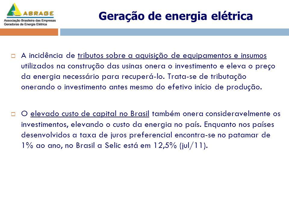 A incidência de tributos sobre a aquisição de equipamentos e insumos utilizados na construção das usinas onera o investimento e eleva o preço da energ