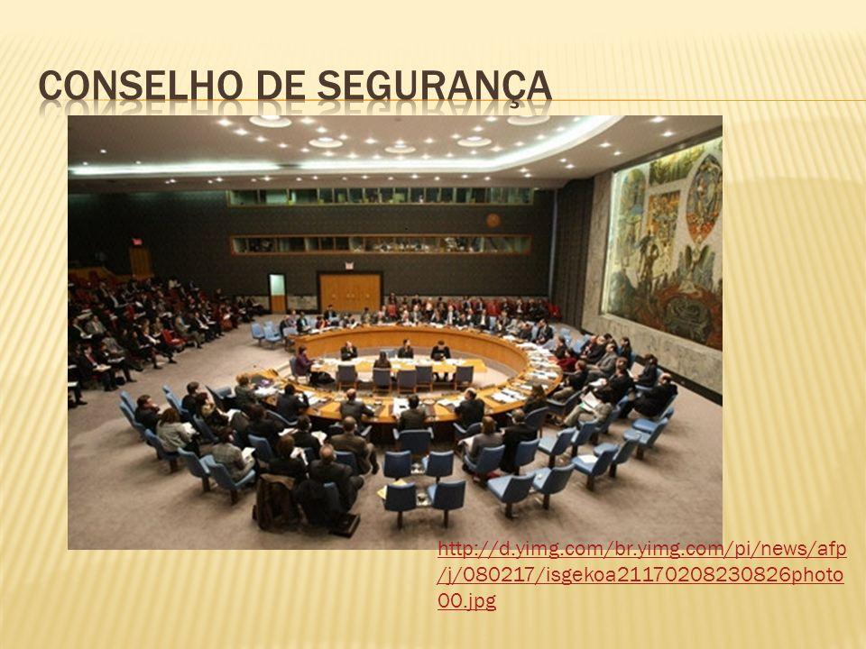 http://4.bp.blogspot.com/_fOJD67rCP10/Rs wOTb20KAI/AAAAAAAAAY8/0kaLzY5zpO0/s4 00/Somalia-ONU.BMP