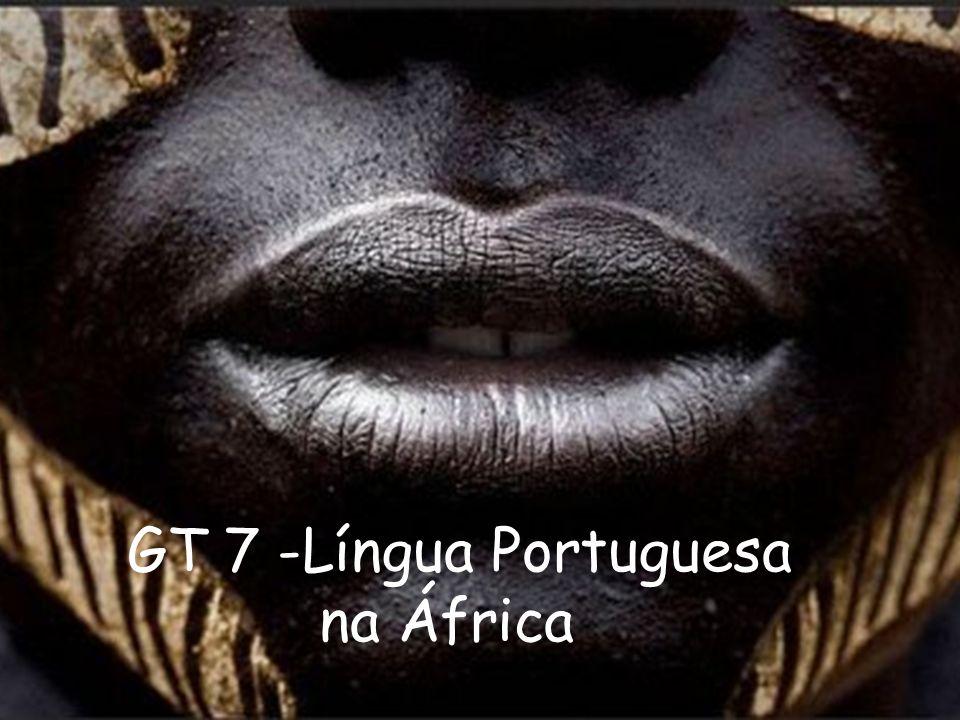 Cabo Verde Falam-se crioulos que mesclam o português, arcaico a línguas africanas.