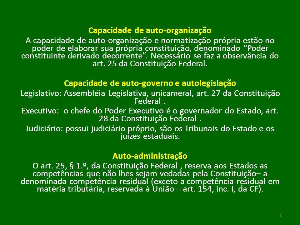 Municípios O Município é contemplado como peça estrutural do regime federativo brasileiro pelo Texto Constitucional vigente, ao efetuar a repartição de competência entre três ordens governamentais diferentes: a federal, a estadual e a municipal.