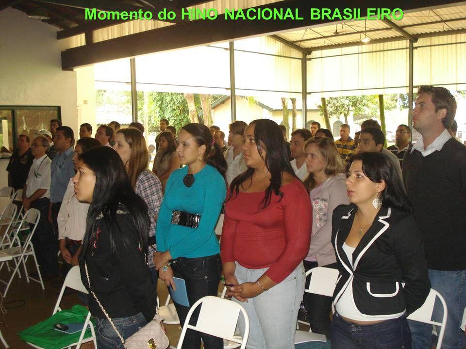 Momento do HINO NACIONAL BRASILEIRO