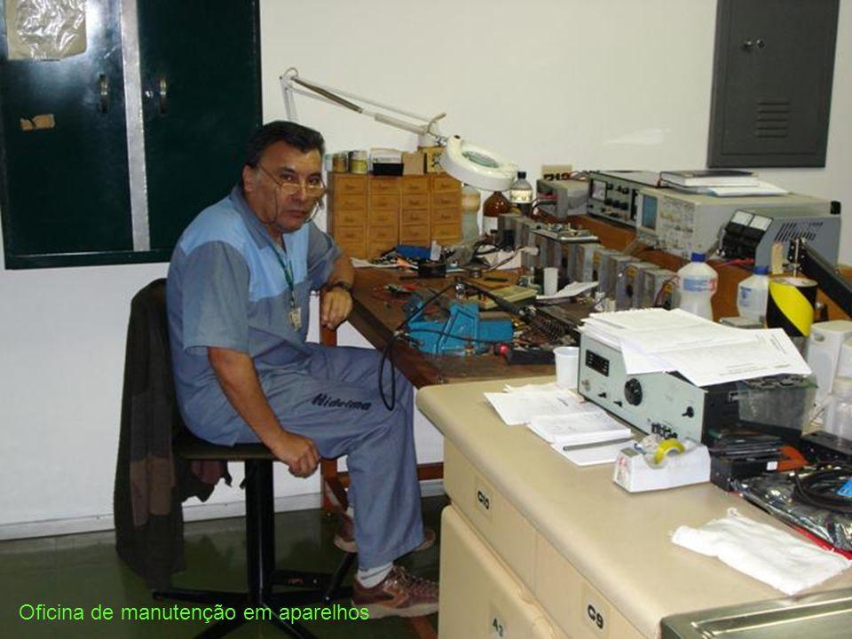 Oficina de manutenção em aparelhos