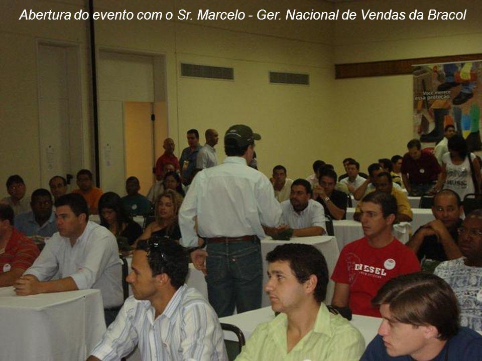Abertura do evento com o Sr. Marcelo - Ger. Nacional de Vendas da Bracol