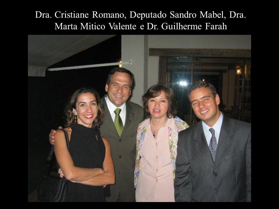 Dra. Cristiane Romano, Deputado Sandro Mabel, Dra. Marta Mitico Valente e Dr. Guilherme Farah