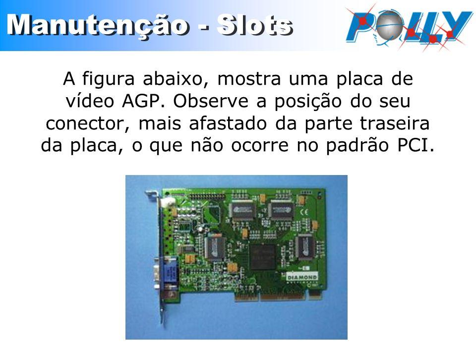 A figura abaixo, mostra uma placa de vídeo AGP. Observe a posição do seu conector, mais afastado da parte traseira da placa, o que não ocorre no padrã