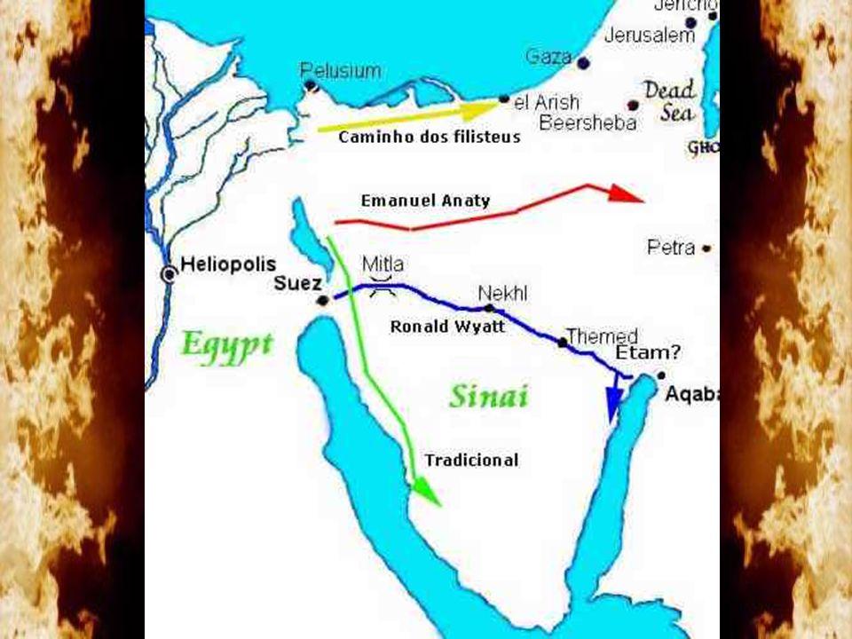 Arqueólogo italiano que descobriu no deserto do Neguebe o Monte Carcom, que em hebraico significa