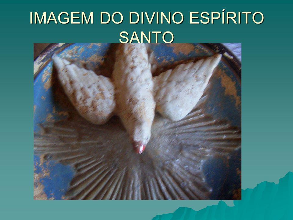 Ercy Maria dos Santos Xavier Hoje é a proprietária do capitel.