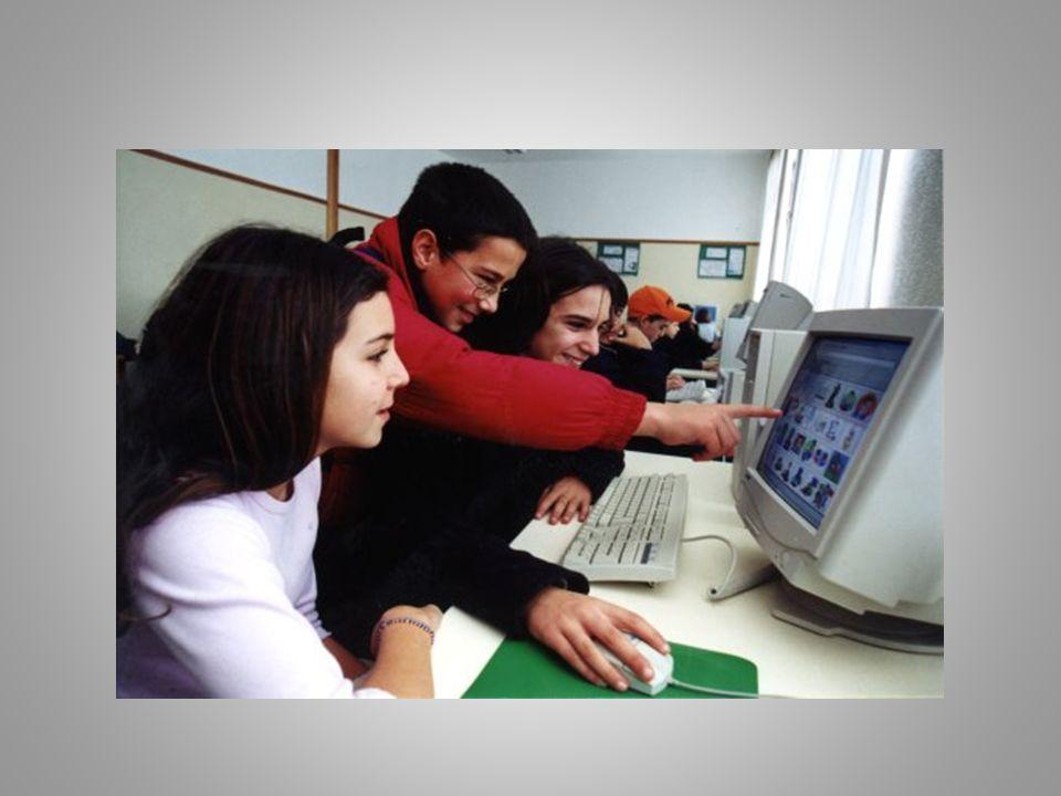 Internet na escola Nas escolas, a internet é usada, principalmente para a pesquisa de informação(sua principal ferramenta), mas deveria ser utilizado também para a comunicação, que é o seu grande potencial.