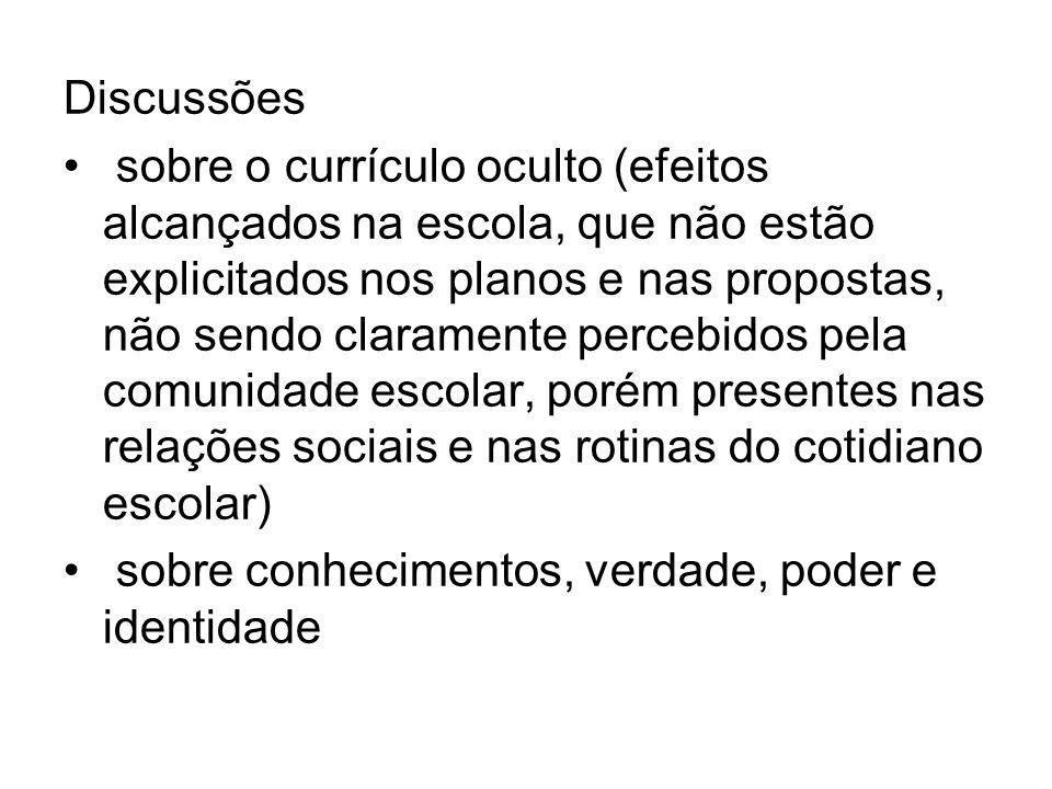 Definir CURRÍCULO é reconhecê-lo inserido em uma rede complexa, o contexto histórico-social e cultural ao qual pertence, assim, é uma trama da rede social.