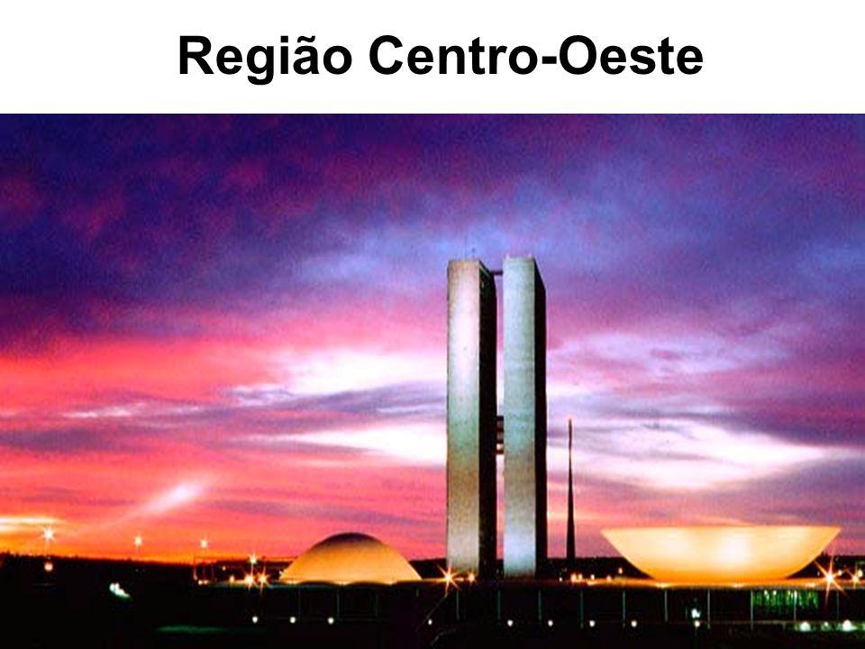 Procissão do Fogaréu na quarta- feira santa em Vila Boa de Goiás.