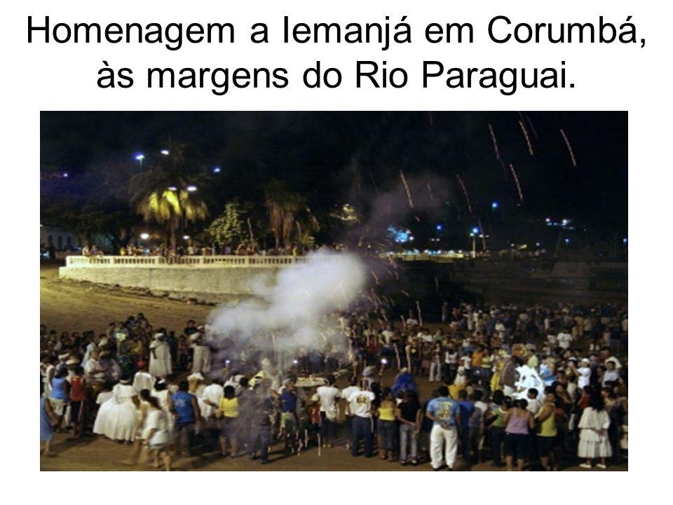Homenagem a Iemanjá em Corumbá, às margens do Rio Paraguai.