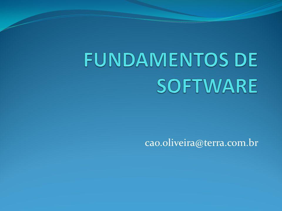 SOFTWARE São os programas que, utilizando o hardware do computador, executam as diferentes tarefas necessárias ao processamento de dados.