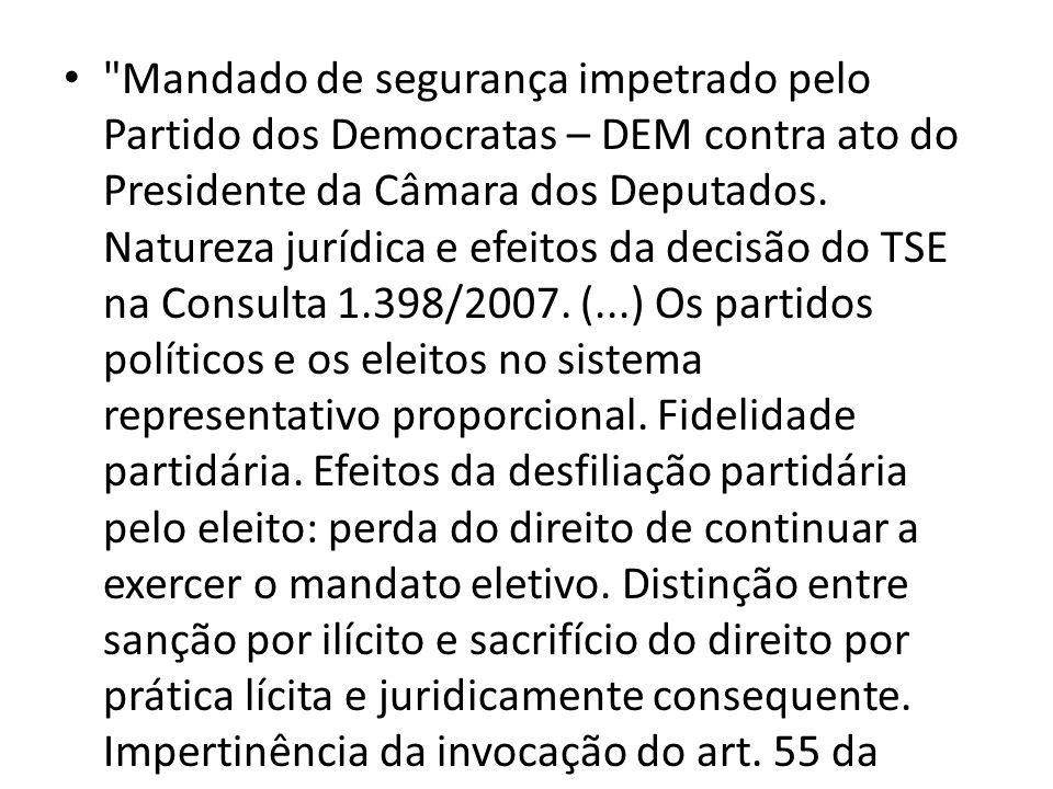 Em relação ao inciso V, José Afonso da Silva entende que a expressão qualquer autoridade não inclui o Presidente da República, o Presidente do STF, o Presidente da Câmara e o Presidente do Senado.