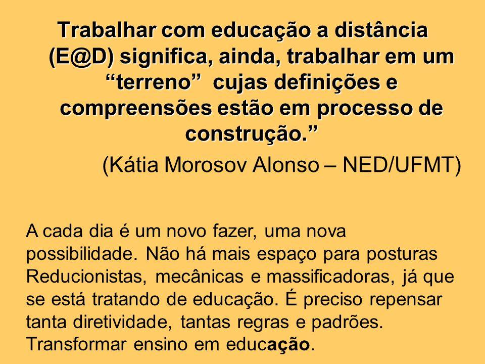 Tutoria e Afeto na EaD: o papel do tutor MSc. Jean Marlos Pinheiro Borba Professor do DEA/CCSA/UEMA Coordenador do Pólo MA da ABED Membro do Conselho