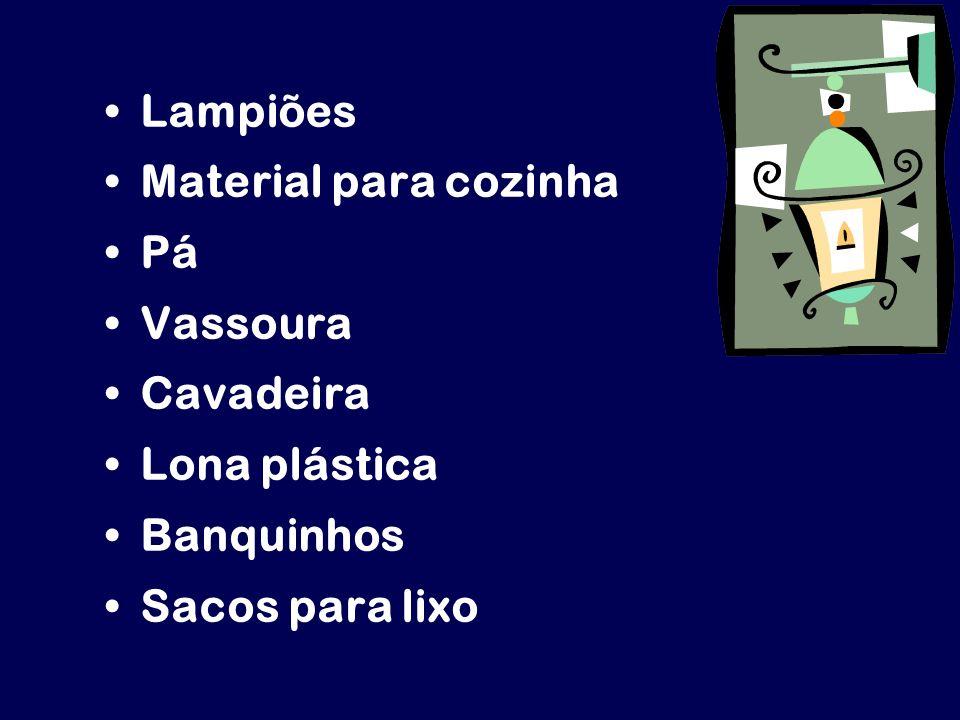 Lampiões Material para cozinha Pá Vassoura Cavadeira Lona plástica Banquinhos Sacos para lixo