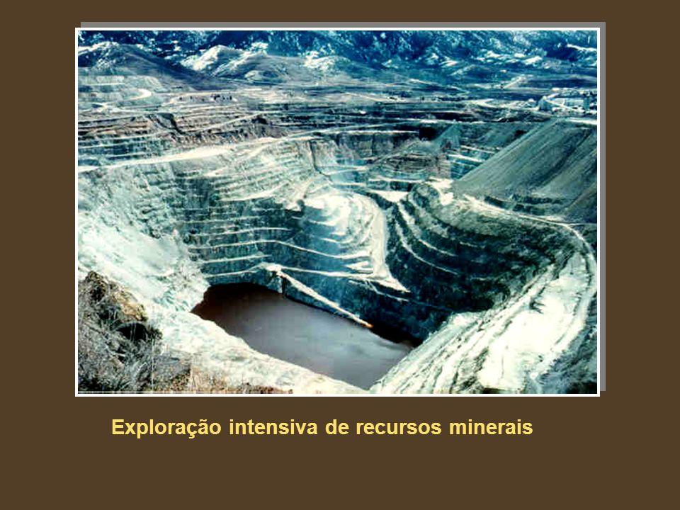 Exploração intensiva de recursos minerais