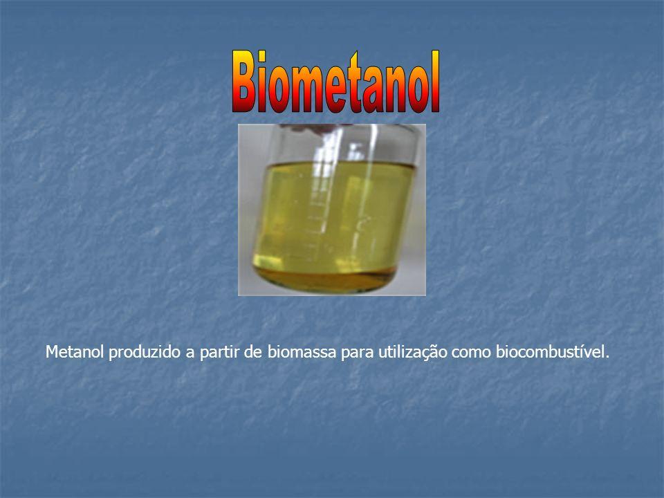 Metanol produzido a partir de biomassa para utilização como biocombustível.